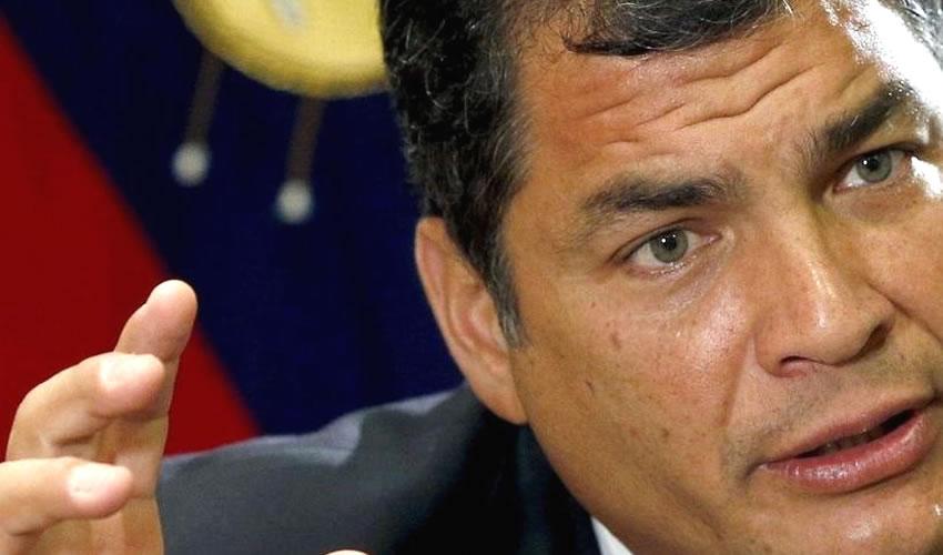 En la votación estuvieron 106 legisladores, mientras que se ausentaron los 33 miembros del máximo órgano legislativo en representación del ala del oficialista Movimiento Alianza País, que apoya al expresidente Rafael Correa