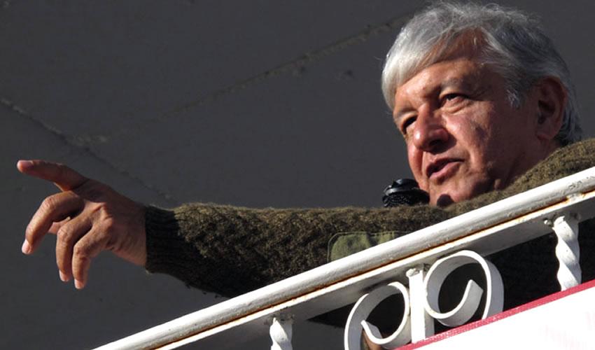 """López Obrador Acusa que Yunes Linares Hace """"Show y Cinito"""" con el Caso Duarte"""