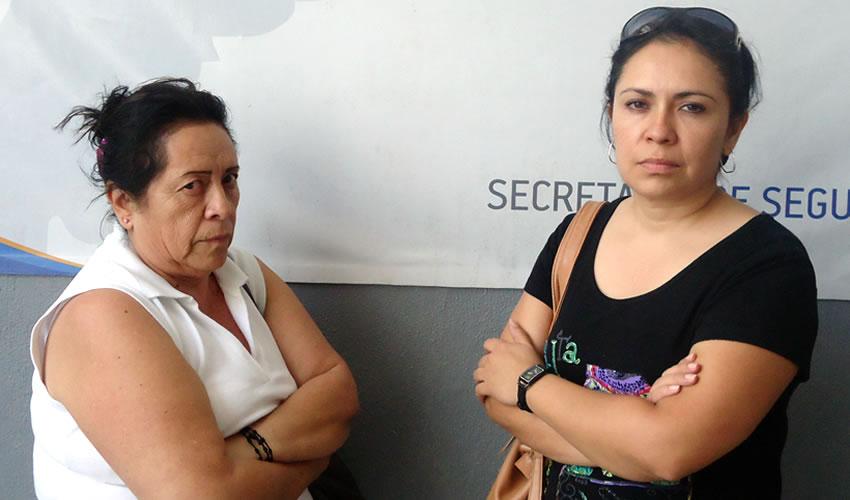 Una Mujer y su Hija Roban en Cotsco