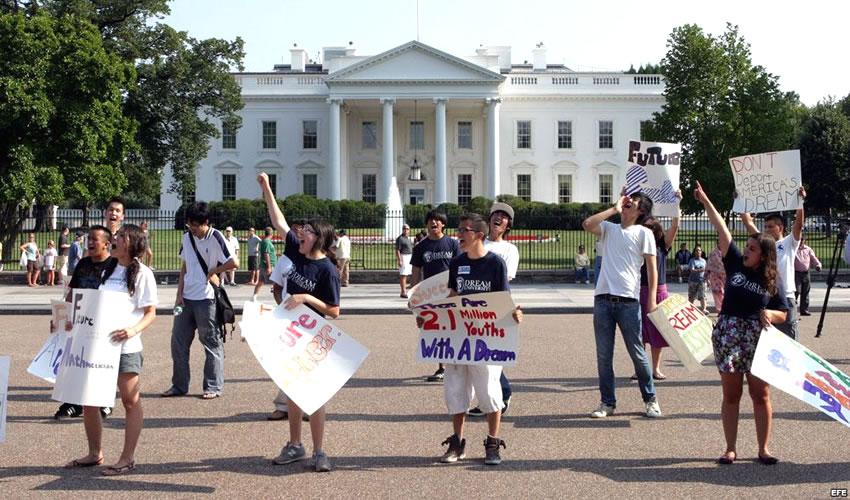Exigen Frente a la Casa Blanca Frenar Deportaciones