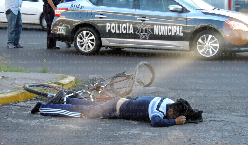 Ciclista Muere Aplastado