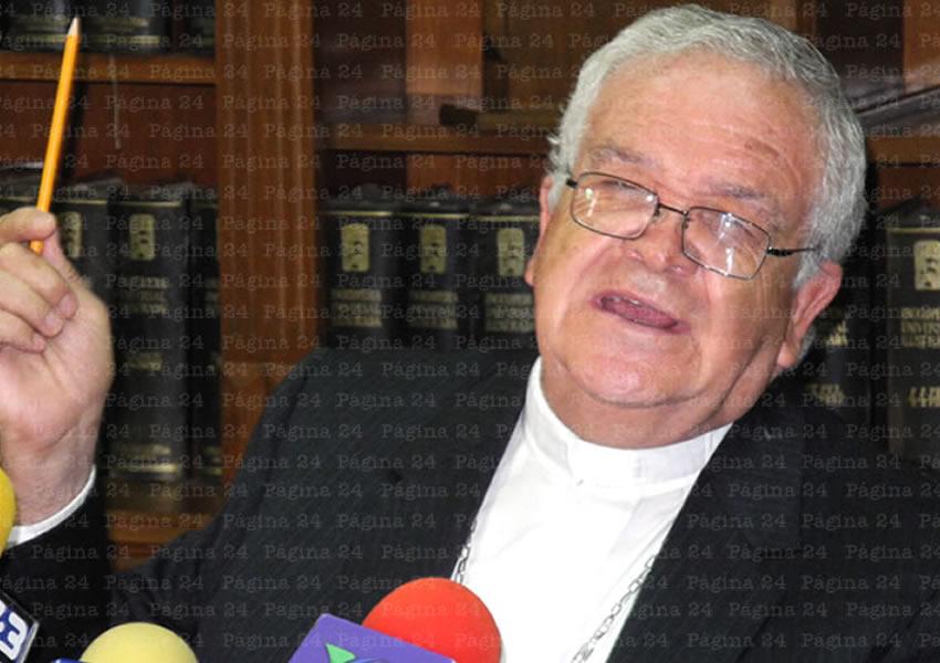 De Aprobarse el Matrimonio Entre Homosexuales, el día de Mañana se Podrá Casar un Señor con un Perrito o Perrita: Obispo José María de la Torre