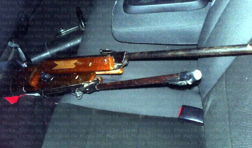 Amenaza con Rifle Desde su Unidad en Movimiento