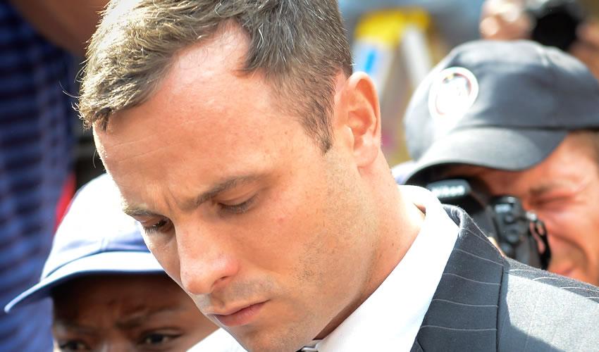 Condenan a Cinco Años a Pistorius