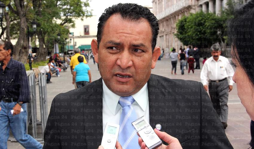 Paco Guel es un Especialista  en Mapachería: Rodolfo Téllez