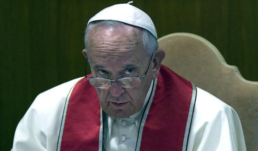 Llama Papa Francisco a Luchar por Tierra