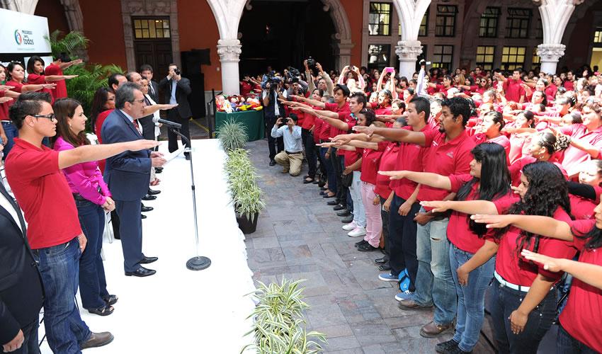 México es Grande y Vigoroso Gracias a la Entrega de los Ciudadanos Comprometidos