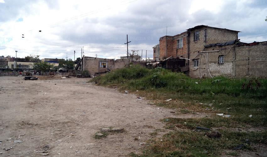 En Las Juntas, el Ayuntamiento de Tlaquepaque ignora las problemáticas que aquejan a los vecinos, como las obras inconclusas y las calles destrozadas, además de la falta de servicios/Fotos: Francisco Tapia