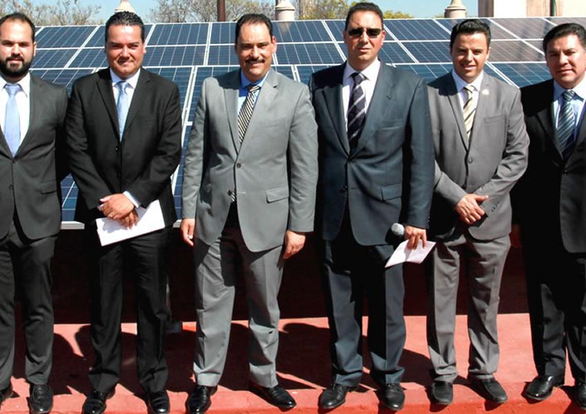 Presenta el Alcalde JAMC Sistema de Paneles Solares del Palacio Municipal