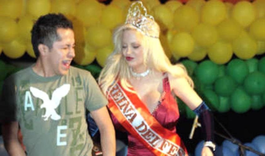 Nombra PRI a la Playmate Sabrina Sabrok  Embajadora de la Comunidad Lésbico-gay