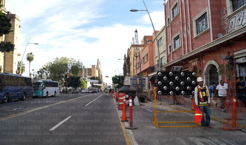 Desde que iniciaron las obras de la línea 3, han cerrado al menos 10 negocios ubicados sobre la avenida Alcalde, en el trayecto que comprende desde la calle Manuel Acuña hasta Jesús García/Foto: Archivo Página 24