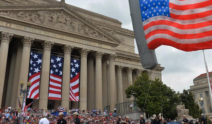 Estados Unidos Registra su Peor Nivel de Crecimiento Económico en 74 Años