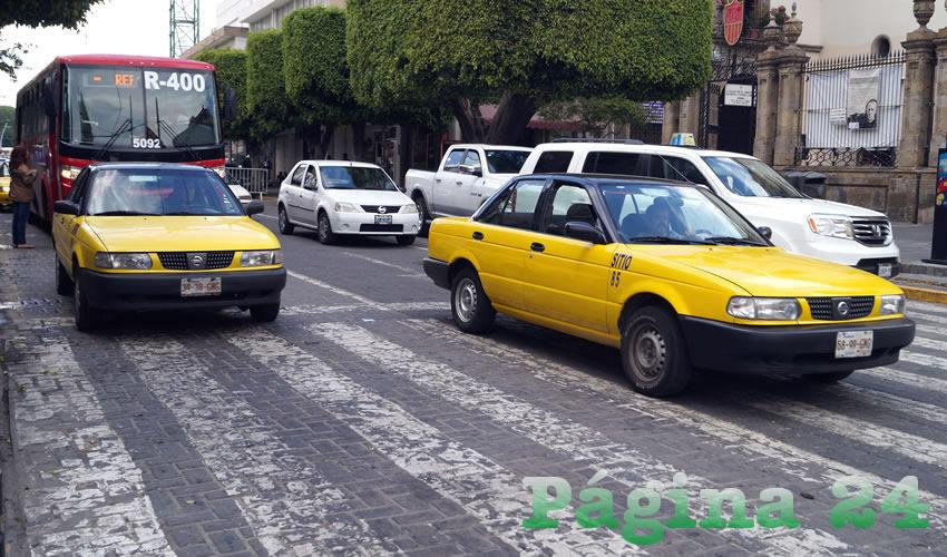Hasta el 30% de taxistas, afectados por Uber: CROC