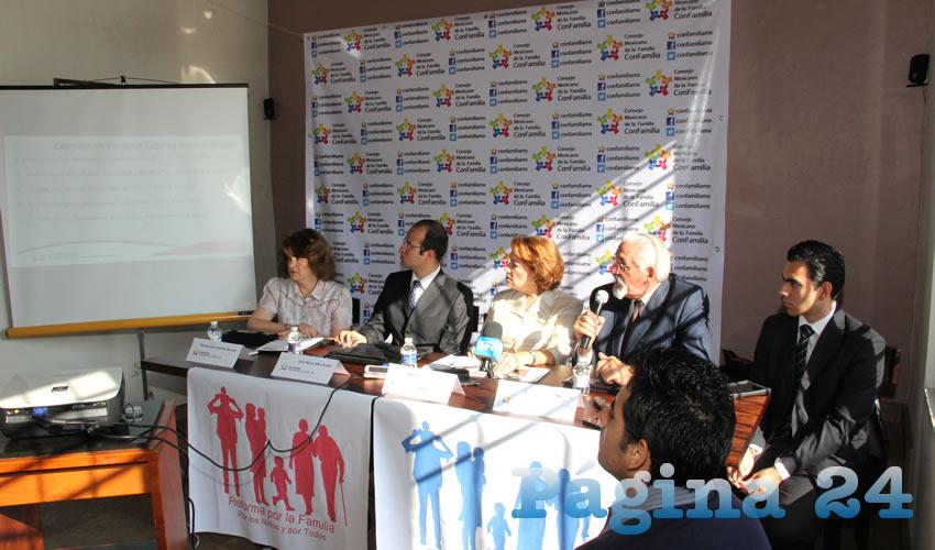 Rueda de prensa del Consejo Mexicano de la Familia (ConFamilia) (Foto: Eddylberto Luévano Santillán)