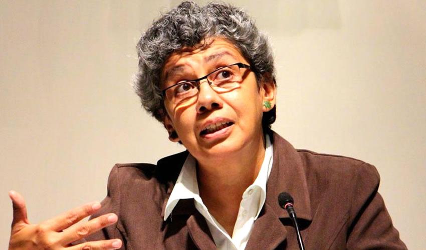 Rosa Yáñez, investigadora y experta en temas de lenguas indígenas en la UdeG, afirmó que de 200 lenguas indígenas en el territorio nacional, en la actualidad sólo 65 siguen vigentes/Foto: Cortesía
