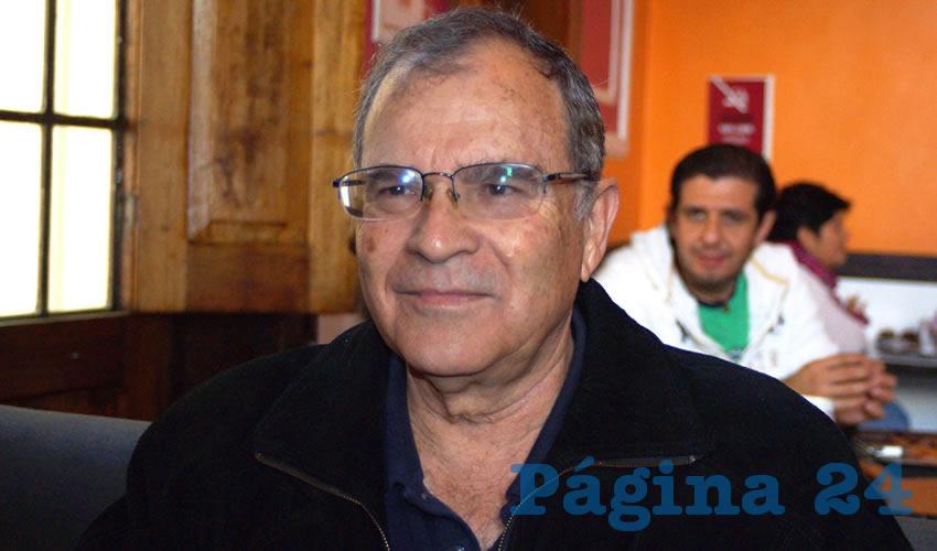 El poeta Jorge Souza es Doctor en Lingüística por la UNAM y Premio Jalisco 2015, tiene publicados más de una decena de libros y ha destacado en las letras tapatías/Foto: Francisco Tapia