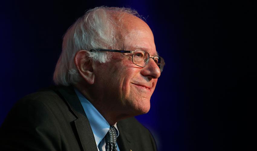 El Senador Bernie Sanders Presenta Plan de Cobertura Universal de Salud