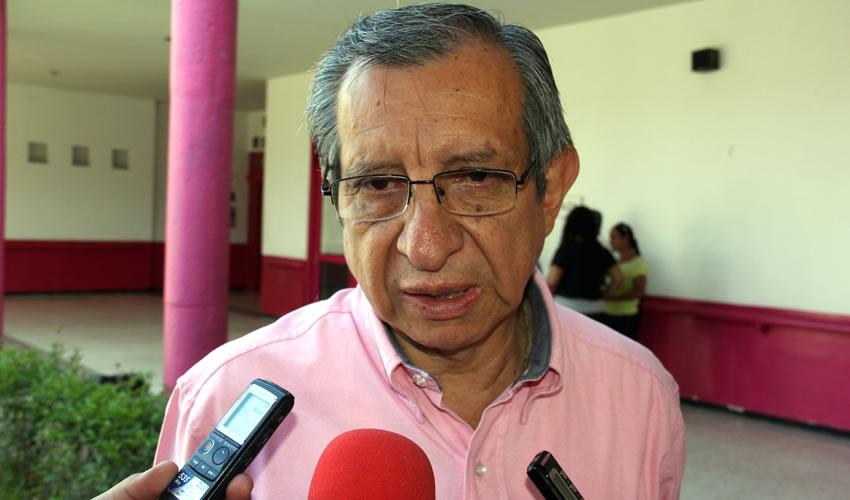 Enrique Flores Bolaños, director de Atención Primaria a la Salud del ISSEA