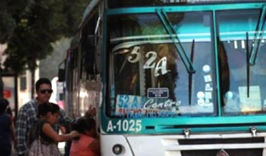 Pese a que se planteaba que los accidentes ocasionados por las rutas del transporte público se iban a disminuir, esto no ha ocurrido hasta el momento/Foto: Cortesía