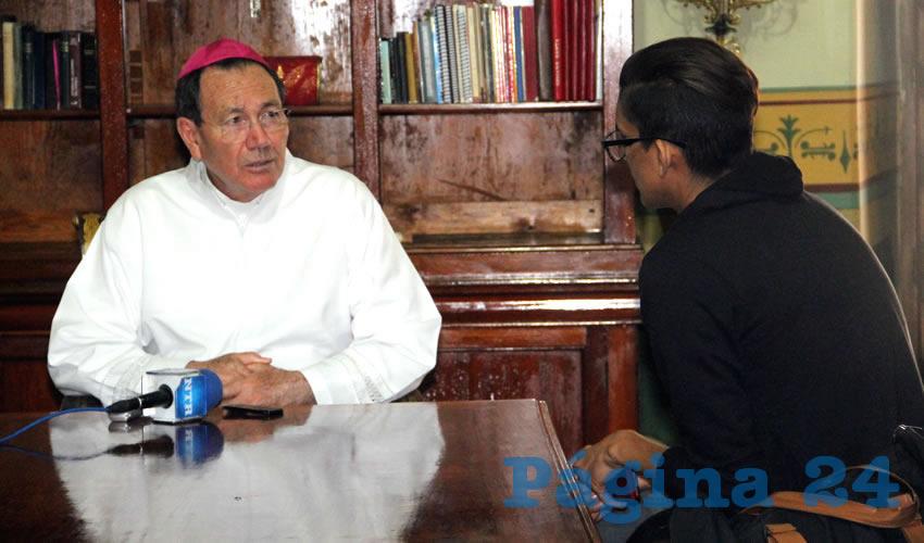 Más Propuestas y Menos Campañas Negras: Obispo Sigifredo Noriega
