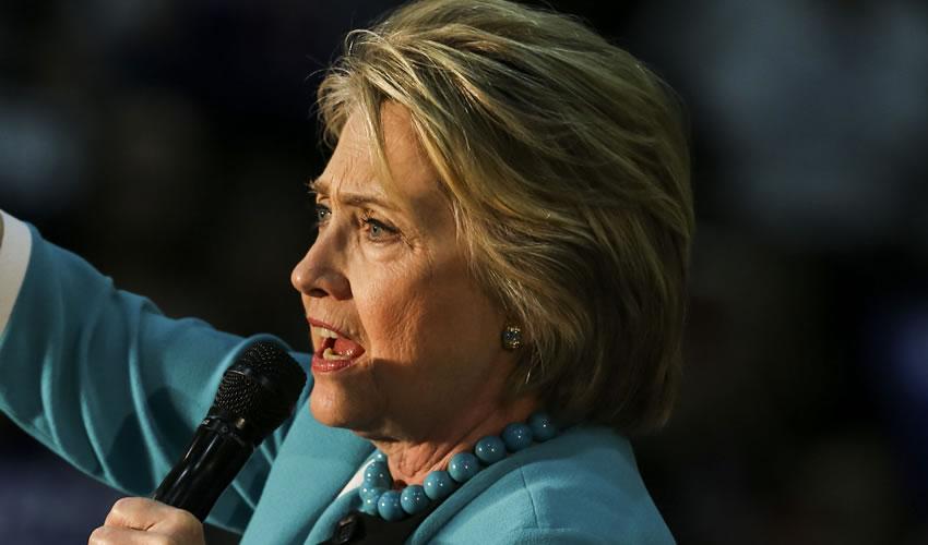 Hillary Clinton Admite Haber Decepcionado a Millones de Simpatizantes Estadounidenses