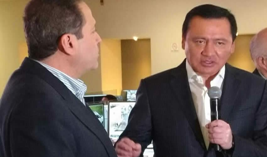 Osorio Chong Inicia Campaña en Redes Sociales