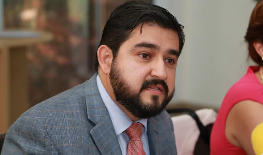 Presenta Convocatoria Para la Secretaría de Fiscalización y la Contraloría Municipal