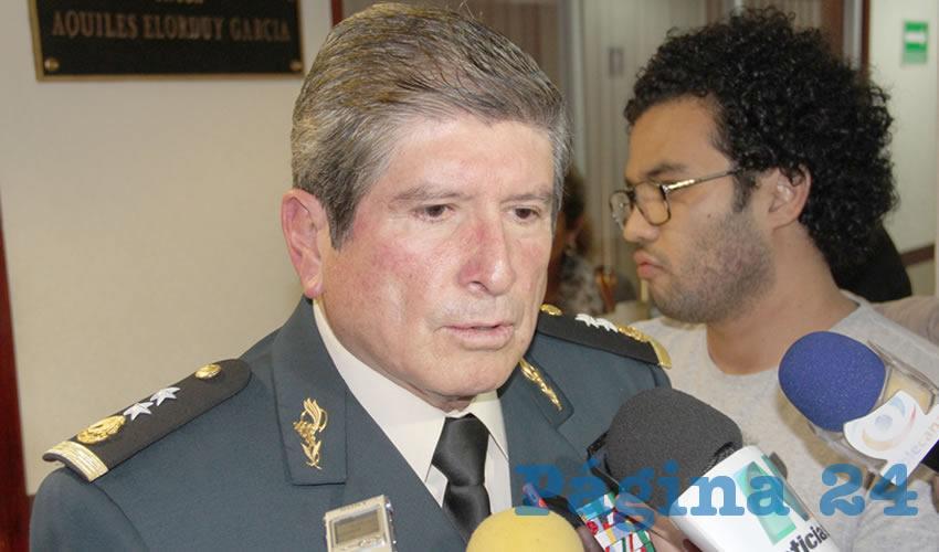 Eduardo Bahena Pineda ...contra Paco Ruiz...