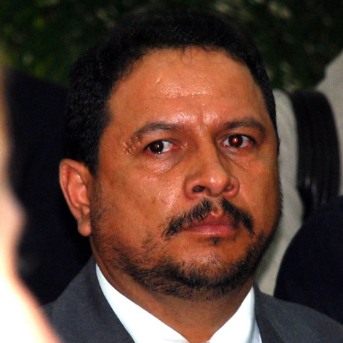 """Alfredo Quiroz García ...""""vendidote""""..."""