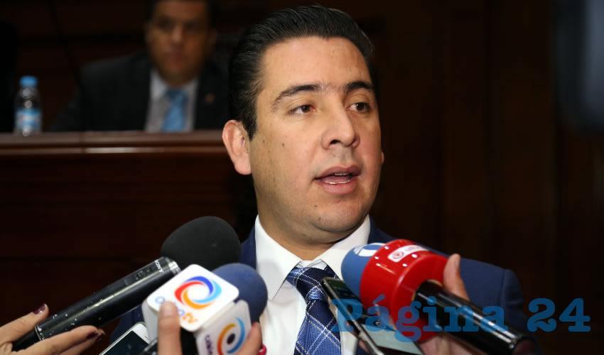 Gustavo Alberto Báez Leos, diputado local