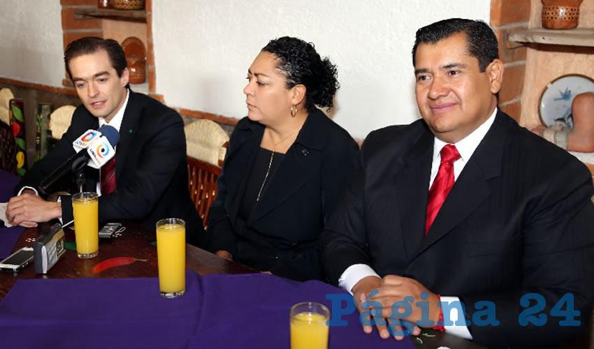 Rueda de prensa de regidores del PRI (Foto: Eddylberto Luévano Santillán)