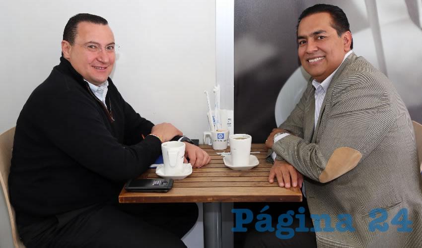 En Café Punta del Cielo departieron Paulo Martínez López, presidente del Comité Directivo Estatal del PAN, y Juan Guillermo Alaniz de León, diputado local