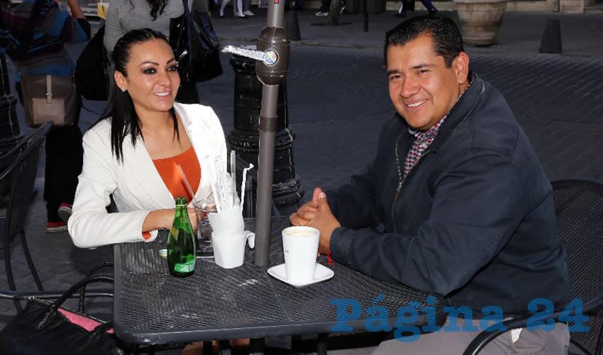 En Café Punta del Cielo departieron Citlalli Rodríguez González, diputada local, y Netzahaulcóyotl Ventura Anaya, regidor del Municipio de Aguascalientes