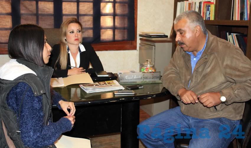 Miguel Agustín Zamora Barrón: Los únicos requisitos son que los interesados pasen a firmar de 10 a 18 horas con una copia de credencial de elector en las oficinas ubicadas en la Avenida Rayón número 312 del Centro Histórico de Zacatecas (Foto: Rocío Castro)