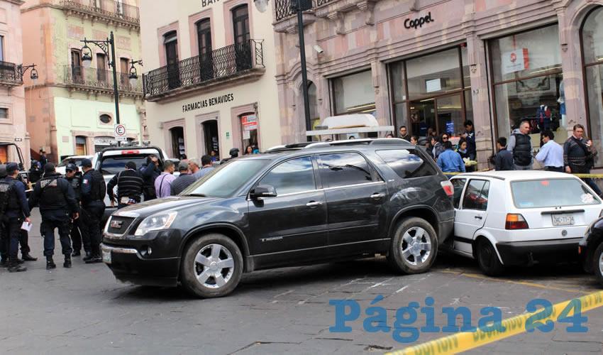 """Detienen """"Los Pepes"""" a un Sujeto que Tripulaba un Auto con Reporte de Robo"""