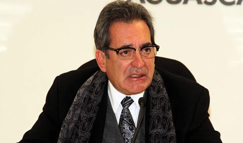 Carlos Lozano de la Torre ...comprar a sobreprecio para donar...