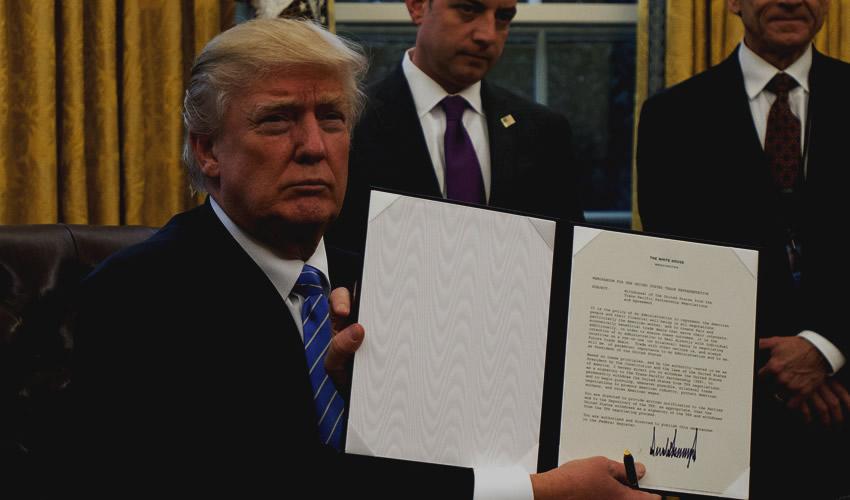 Donald Trump Retira a EU  del Tratado Transpacífico