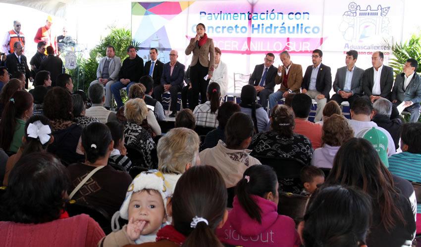 Arranca la Alcaldesa de Aguascalientes Obras de Pavimentación en Tercer Anillo