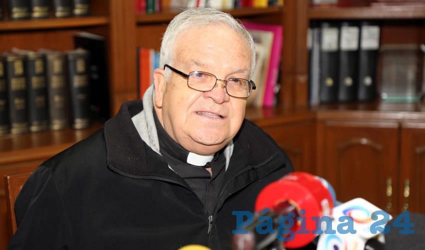 Reducción de 10% en Sueldos de los Funcionarios no es Nada Comparado con lo que Ganan: Obispo