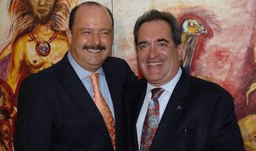 Carlos Lozano de la Torre ...con su cuate César Duarte...