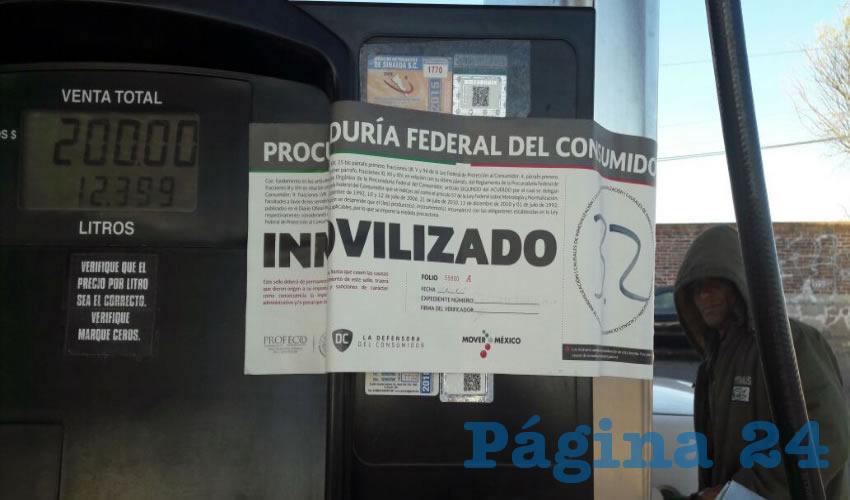 Bomba de gasolina suspendida en Tercer Anillo y Loma Bonita