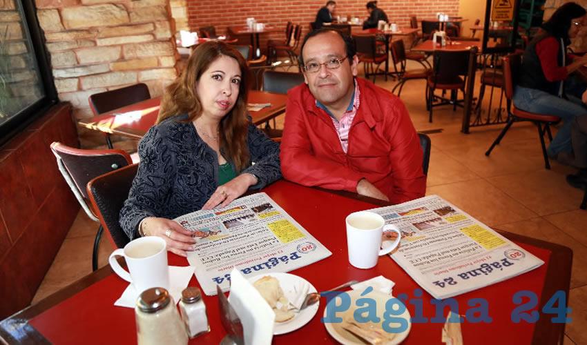 En Las Antorchas compartieron el pan y la sal Altagracia Díaz de León y Arturo Esparza Alonso