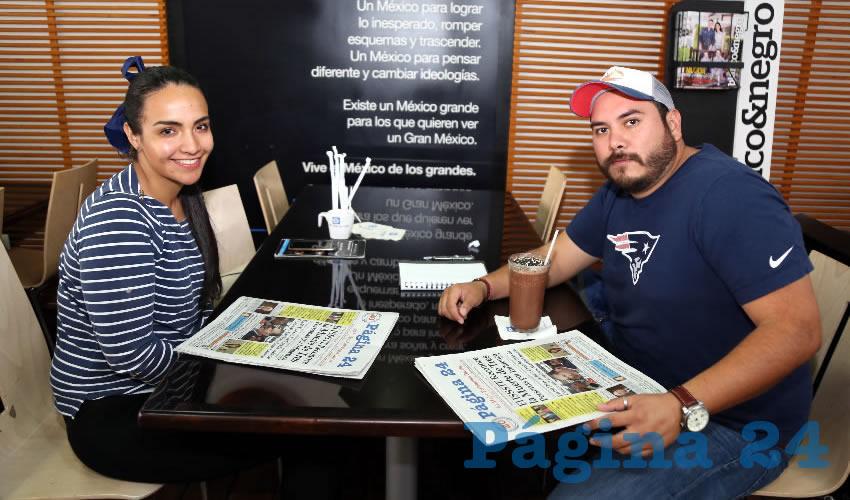 En Café Punta del Cielo departieron Mariana Martínez Torres y Gerardo Hernández Licea