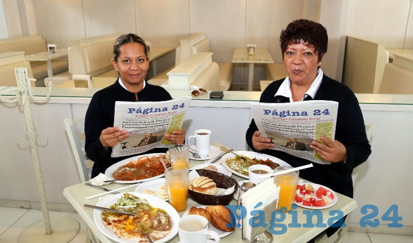 En el restaurante Del Centro compartieron el pan y la sal Oralia Mata Morales e Irma Navarro Pérez