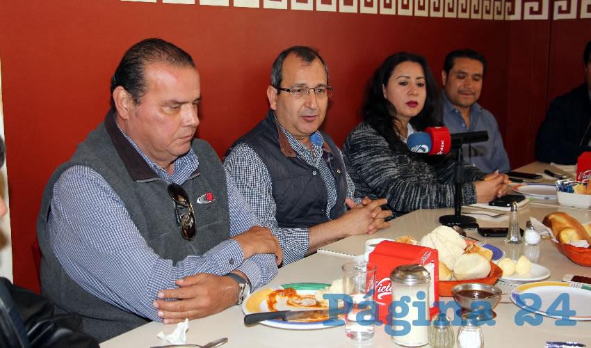 Rueda de prensa de la Canainpa (Foto: Eddylberto Luévano Santillán)