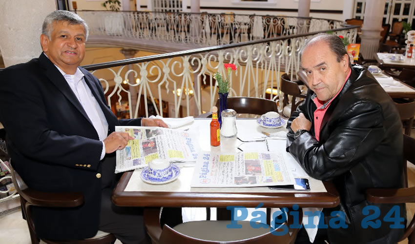 En Sanborns Francia departieron Gilberto Carlos Ornelas y Javier Medina Rodríguez