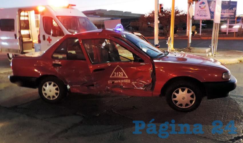 Severos daños sufrió el taxi 3129, que manejaba José Luis Santos Arriaga Montoya