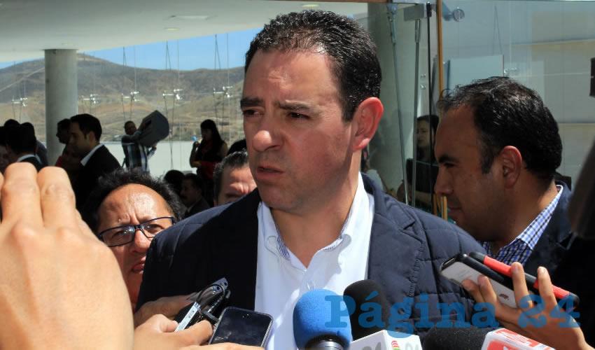 """Gobernador Tello se Dobla: """"No hay Ruptura con Miguel Alonso"""""""