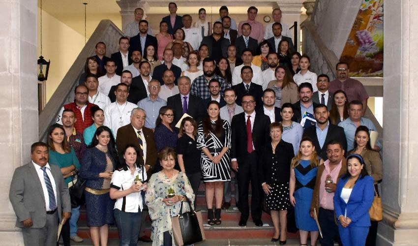 Empresarios Socialmente Responsables Colaboran con Municipio en la Conservación de los Espacios Públicos