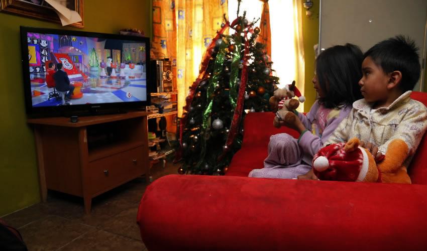 ¿La televisión educa? (Foto: Archivo/Armando Monroy/Cuartoscuro)